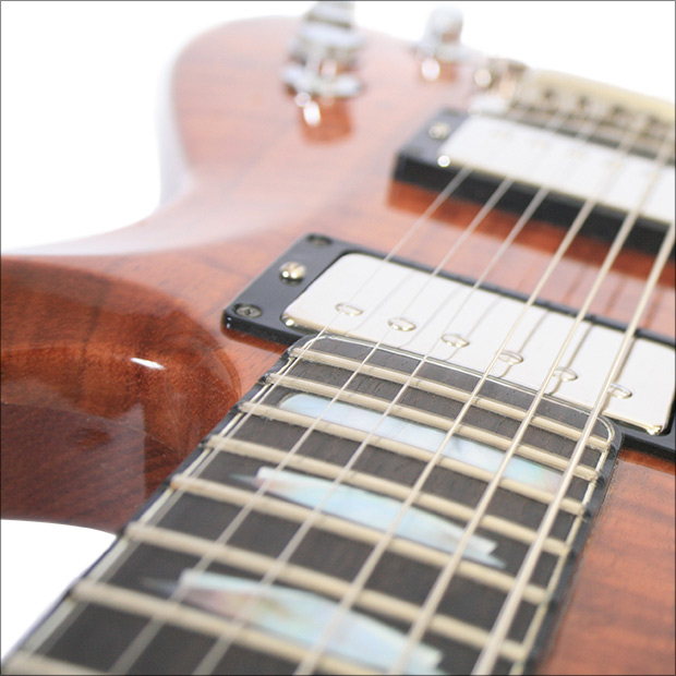 Set Neck Guitar by Maret Guitars